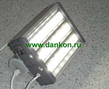 Кронштейны для уличных светильников в России